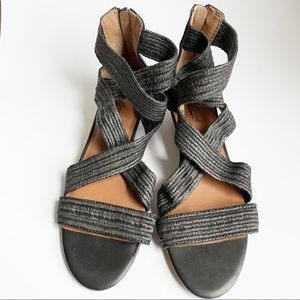 Lucky Brand gladiator sandals sz 10B